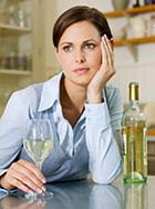 Алкогольная зависимость у женщин, это не редкость